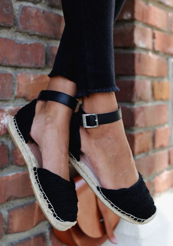 50 Fashionable Closed Toe Shoes For Comfort And Style