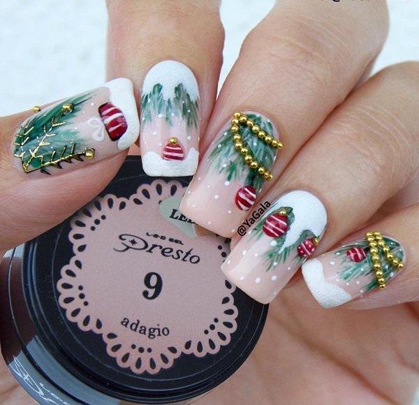 70+ Fabulous Christmas Nail Art Ideas - BrassLook