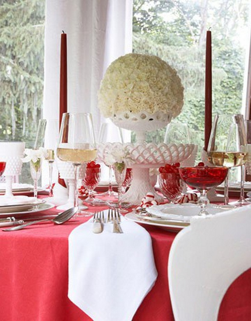 40 eye catching christmas table decorations for a festive for Elegant table centerpieces