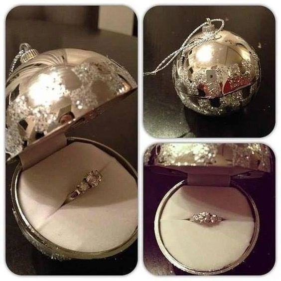 25 Beautiful Christmas Engagement Ornaments ⋆ BrassLook