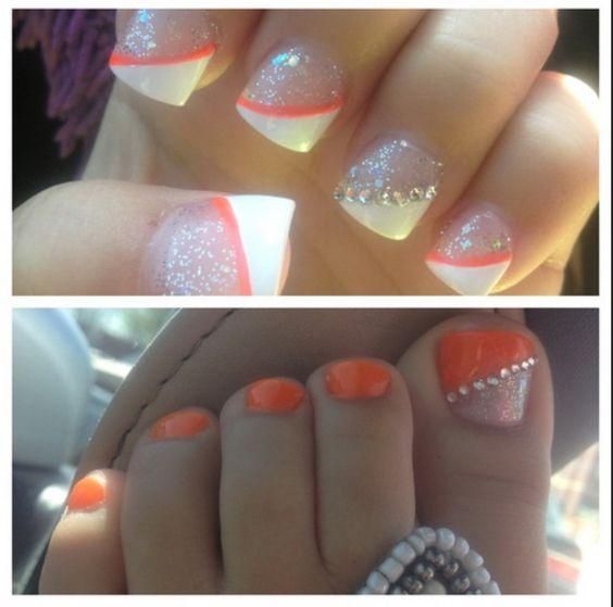 50 Adorable Matching Nail Art Designs - BrassLook