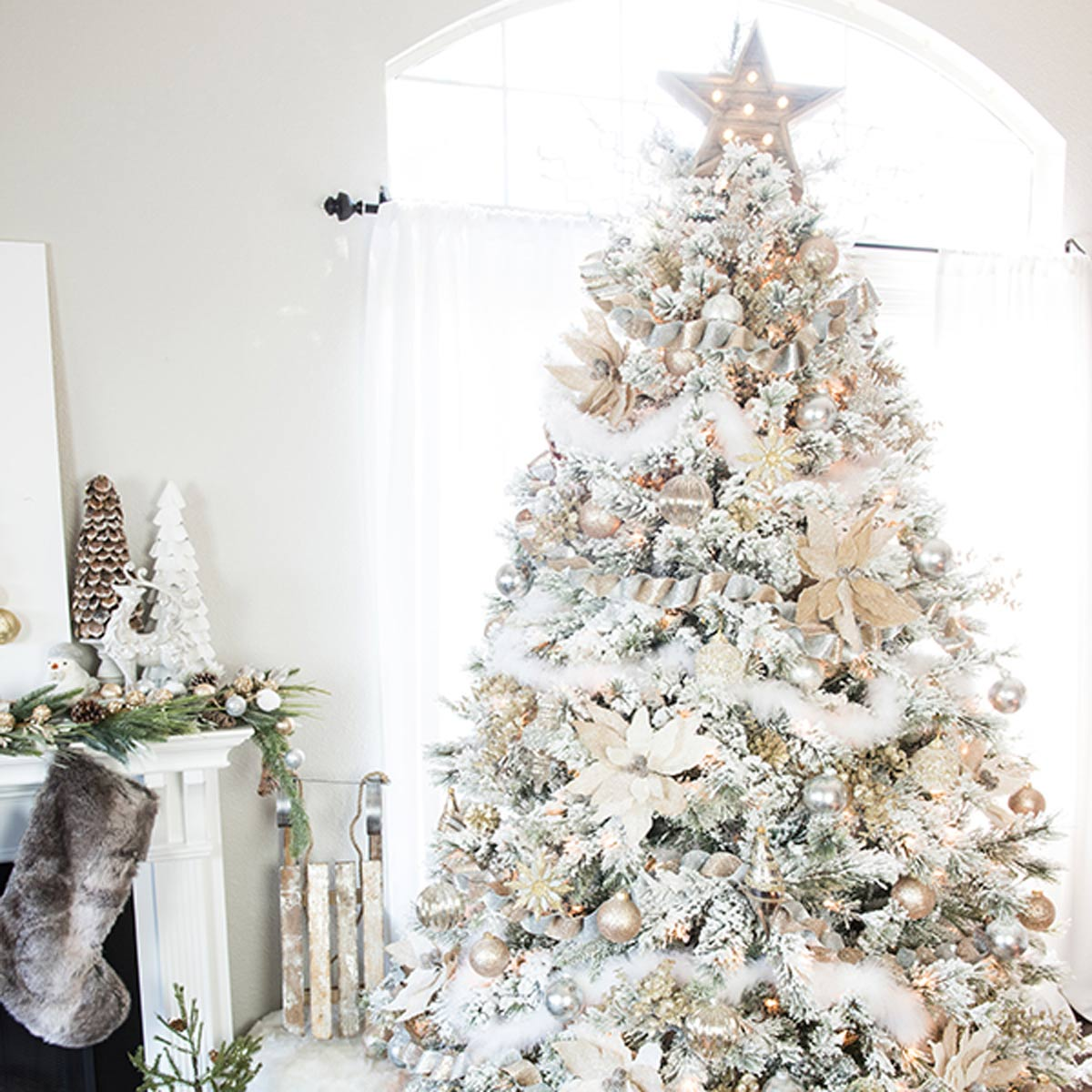 50 Creative Christmas Tree Ideas You Must Check Out Now ⋆ BrassLook
